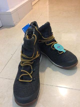 Columbia鞋