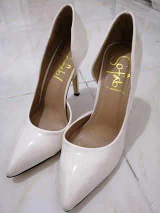 So Fab White Heels
