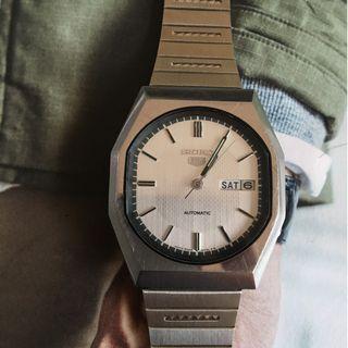 Vintage Seiko 6309 8800 watch