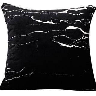 🚚 Marble cushion covers