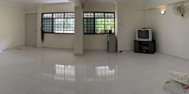 Already Vacant Blk 450D Tampines