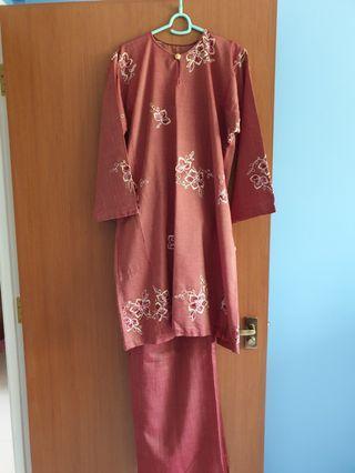 🚚 Baju kurung plus size - brown maroon