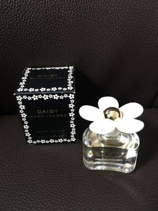 Marc Jacobs Daisy 香水版