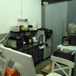 Cafe in busy balestier for rent $1500 only