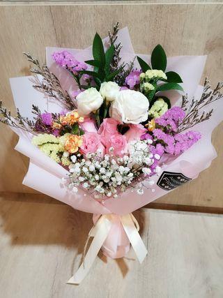 Anniversary Flower Bouquet Surprise Rose Flowers