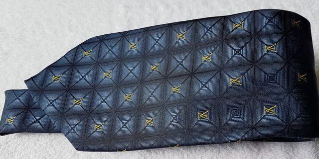 HAND MADE! Authentic Vintage Louis  Vuitton monogram  100% silk tie.