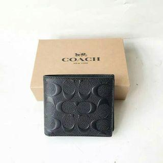 COACH MEN COMPACT ID IN SIGNATURE EMBOSSED LEATHER F75371