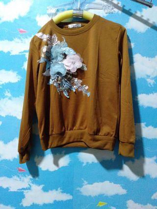 Sweater bunga timbul coklat LD100cm