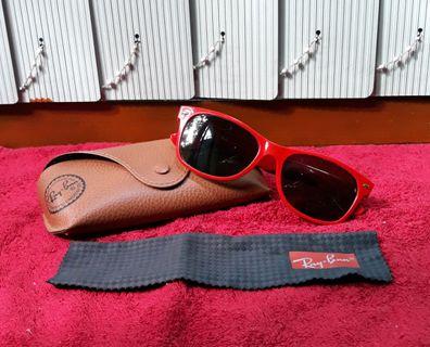 2304f17fc2f Ray•Ban New Wayfarer Red frame