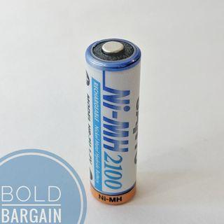 🚚 Authentic SANYO 2100 mAh Rechargeable Ni-Mh AA Battery Made in Japan