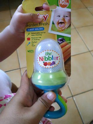 Nuby garden fresh nibler -NEW