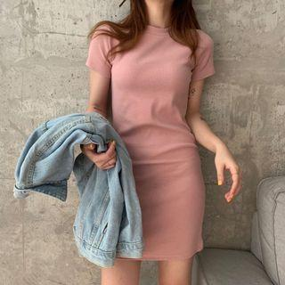 A1598🌸4色*素面坑紋合身連身包臀洋裝