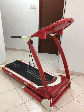 Takasima F1 Treadmill Red