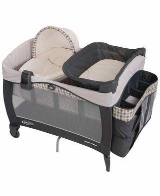 🚚 Graco Pack 'N Play with Newborn Napper Elite