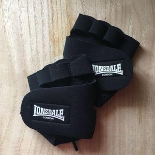 Black Gym Gloves