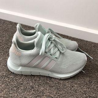 Adidas fits size 7