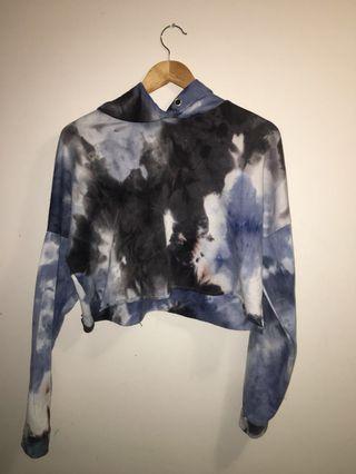 Cropped tie-dye hoodie