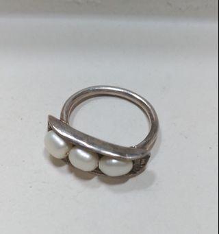 🚚 手作銀飾--925珍珠豆莢戒