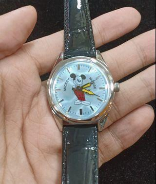 Jam mickey mouse vintage