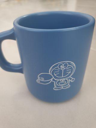 🚚 Doraemon Drinking Cup