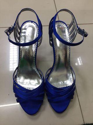 stileto blue