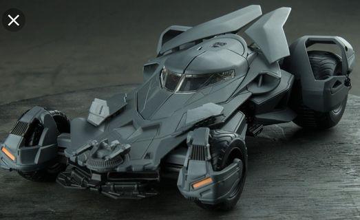 Batman 蝙蝠俠 Metals die cast DC 1:24 蝙蝠車 金屬車