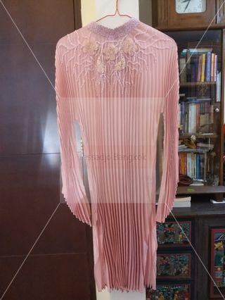 Dusty pink pleated beads couture
