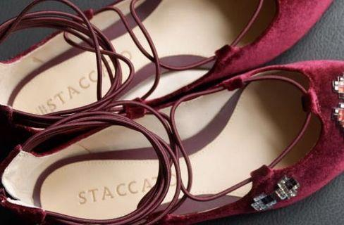 Staccato flat shoes