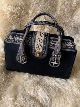 4ed09914c4b embroidered bags | Women's Fashion | Carousell Philippines