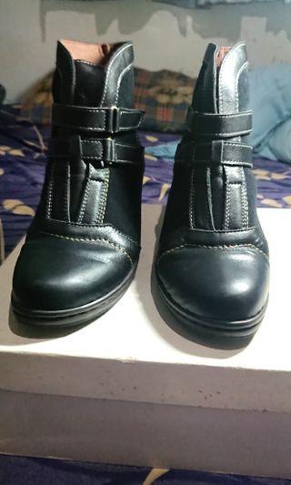 二手高跟鞋,歐碼38,可議價