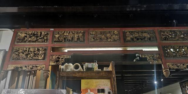 Woiden chinese bed head panel
