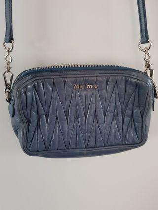 🚚 ( Final reduce at $280 for fast deal ) Authentic Miu Miu Sling Bag