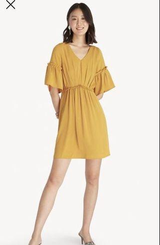 Ruffled Vneck Dress - in Mustard - size XXL (bust 86 cm, waist 84 cm, panjang 91 cm)