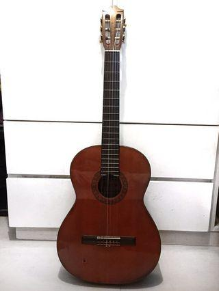 VINTAGE 1970s MORRIS G201 CLASSICAL GUITAR MADE IN JAPAN