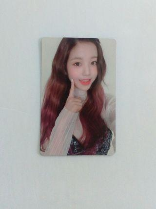 RESERVED [WTS ONLY]IZ*ONE HEART*IZ OFFICIAL PHOTOCARD WONYOUNG SAPPHIRE