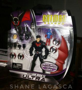 Batman Beyond Total Heroes Ultra with Mailer Box
