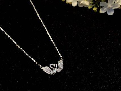 🚚 Swans crystal S925 sterling perfect silver necklace