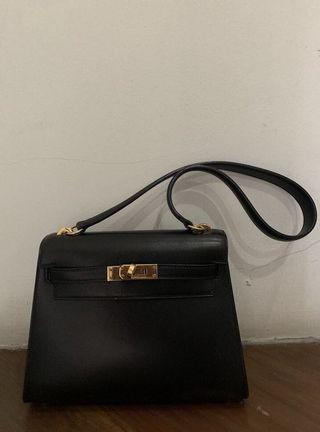 🚚 RARE!! Hermes Kelly Mini Shoulder Bag