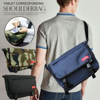 ((熱賣價$99包順豐自取))) 深藍 迷彩 日本直送 Mountain Range 返學 行街 旅行 斜背袋 斜咩袋