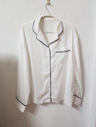 🚚 緞面感素面襯衫長袖上衣