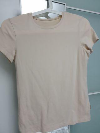 🚚 Beige T-shirt Top