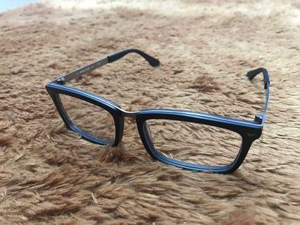 100k dapat frame kacamata police! Murah!