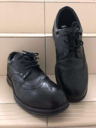 VC100 DIPLOMAT BROGUE SAFETY SHOES
