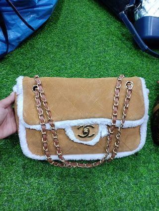 🚚 Handbag full leather preloved $250