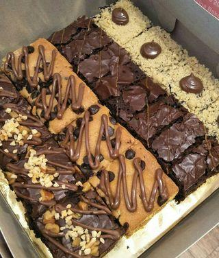 Looking for dessert lovers! Brownies Combo