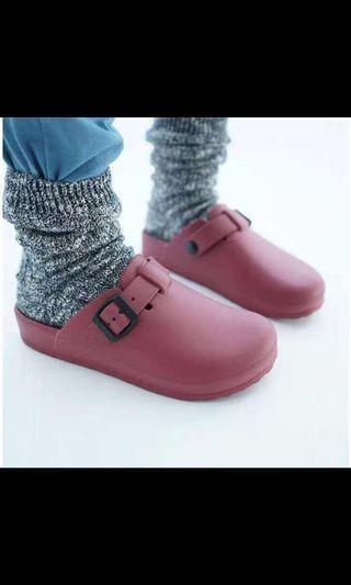雨鞋 膠鞋 只有酒紅色 37碼