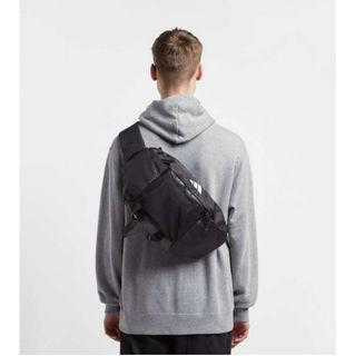 🚚 Adidas 斜背包 側背包 腰包