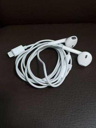 Original Apple Earpods with Lightning Connector