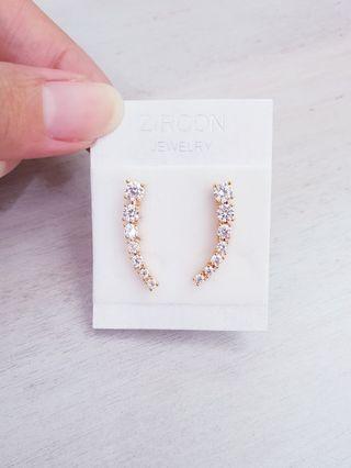 🚚 Gold Plated Vine Diamond CZ Earrings Ear Climbers