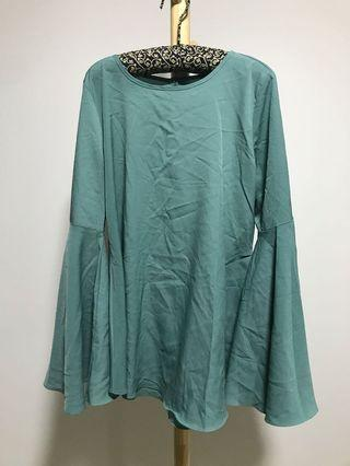 Poplook trumpet sleeves mint blouse size M